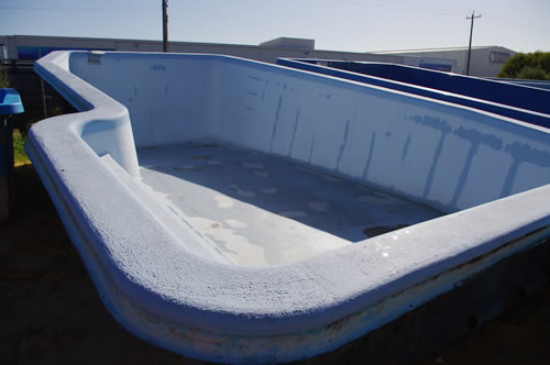 We take an old pool like this: