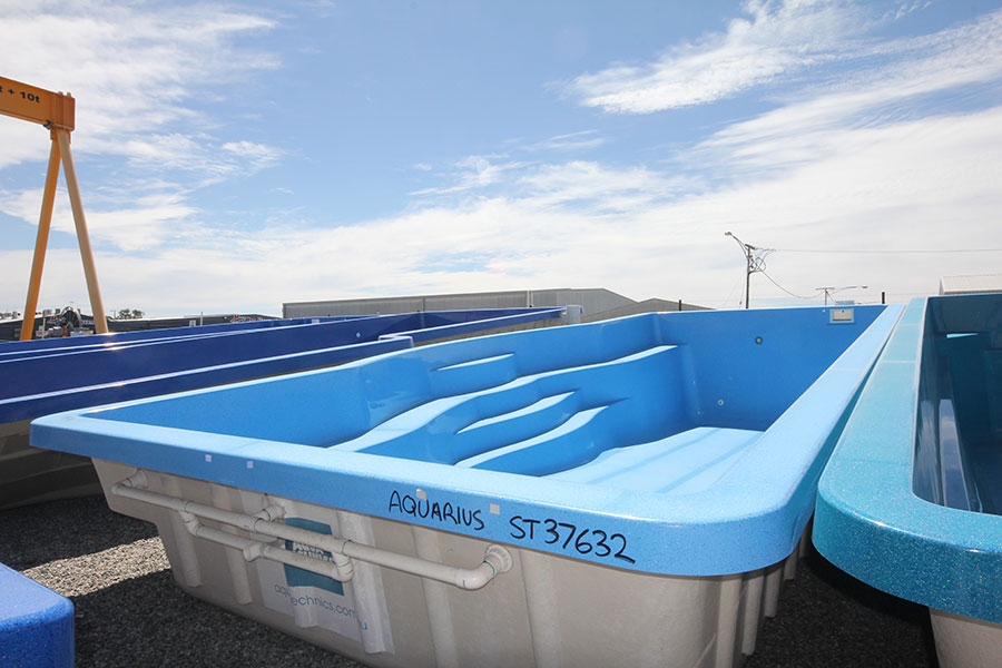 "Refurbished Fibreglass Swimming Pool ""Aquarius"" for Sale in Perth (Colour: Horizon)"